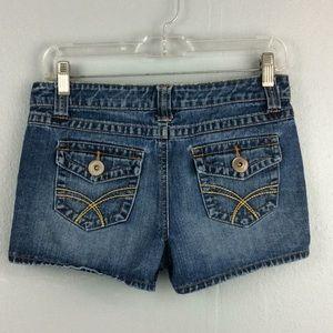 SO Ladies Denim Flap Pockets Booty Shorts Sz 3